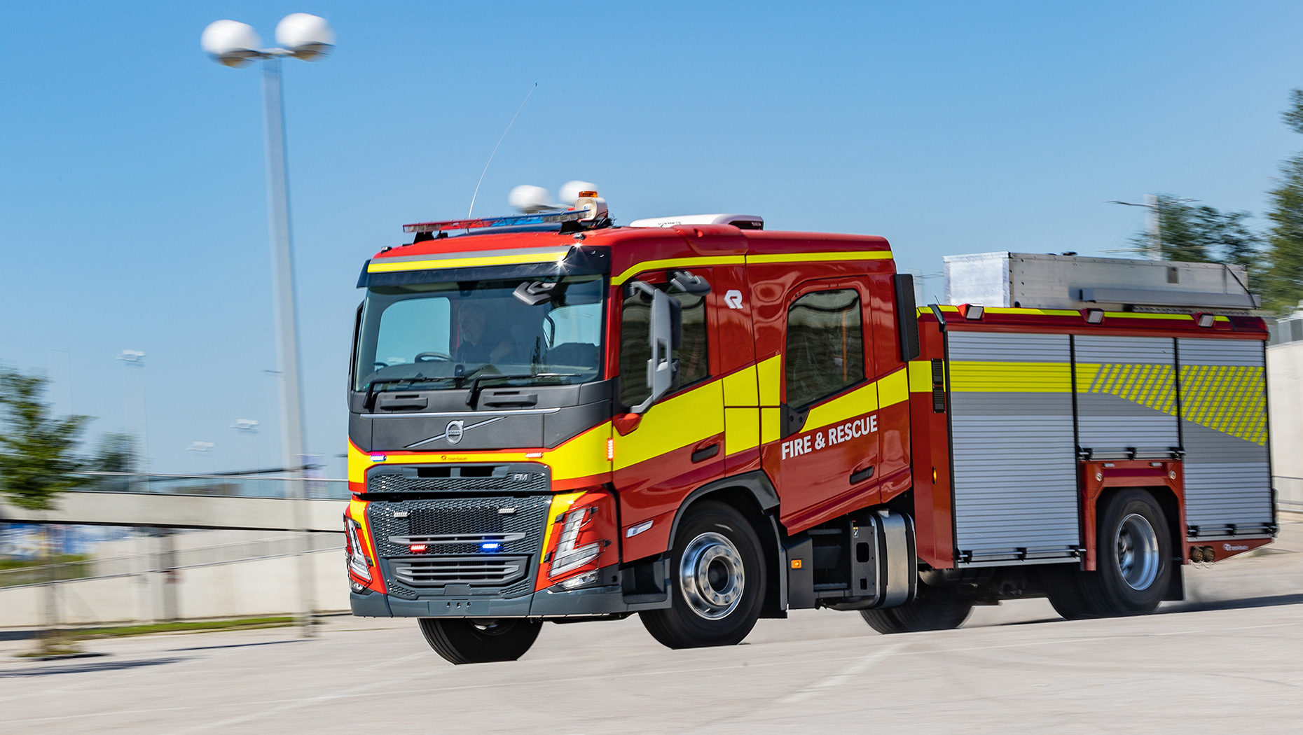 Volvo Trucks' new crew cab is designed for the global market in collaboration with companies such as Rosenbauer, one of the world's leading bodybuilders for emergency vehicles. This is a prototype of the Volvo FM with Rosenbauer's ET body for the Australian fire service.